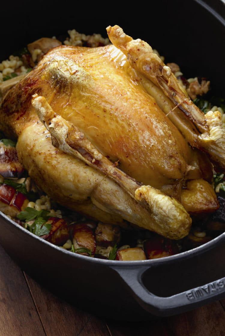 recette de poulet des landes fourr de coquillettes au foie gras et r ti au four jus gras la. Black Bedroom Furniture Sets. Home Design Ideas
