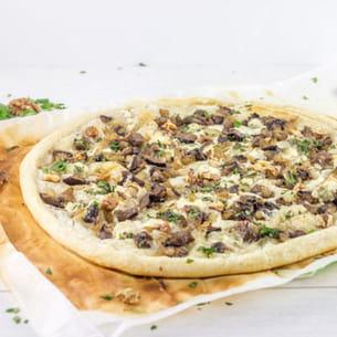 tarte fine gorgonzola, noix et champignons
