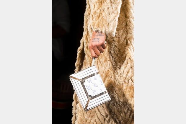 Fendi Couture (Close Up) - photo 28
