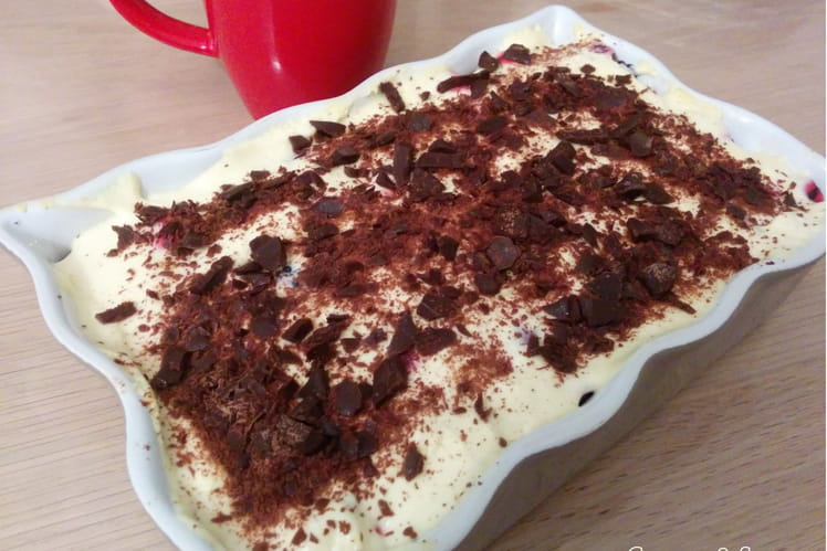 Tiramisu aux fruits rouges sans café