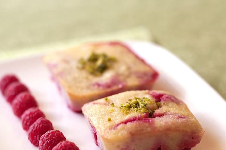 Gâteau de semoule aux framboises