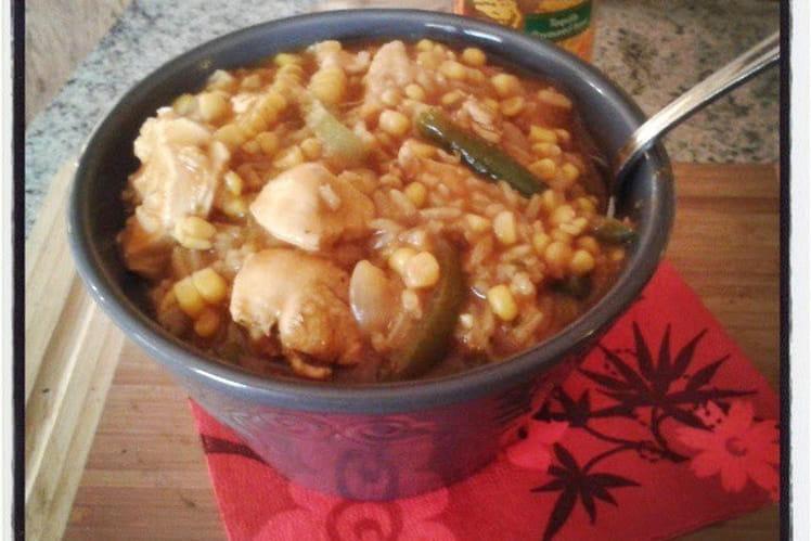 Soupe épaisse de maïs au poulet façon mexicaine