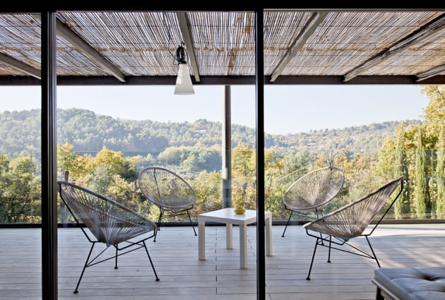 Terrasse vers la forêt