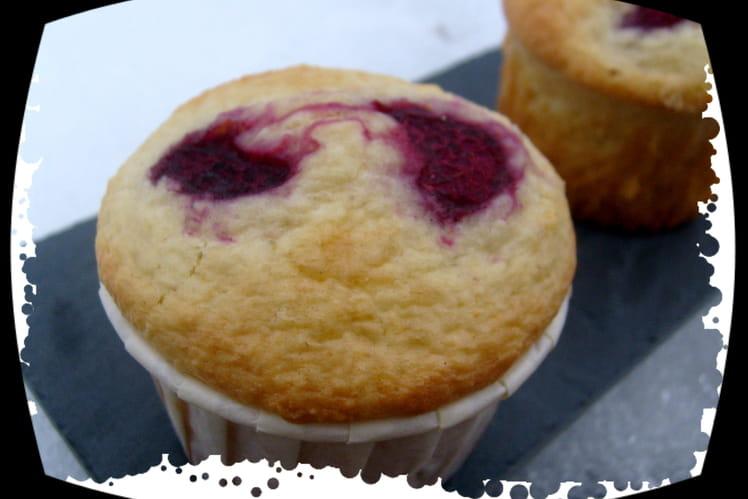 Muffins citron vert, coco et framboises