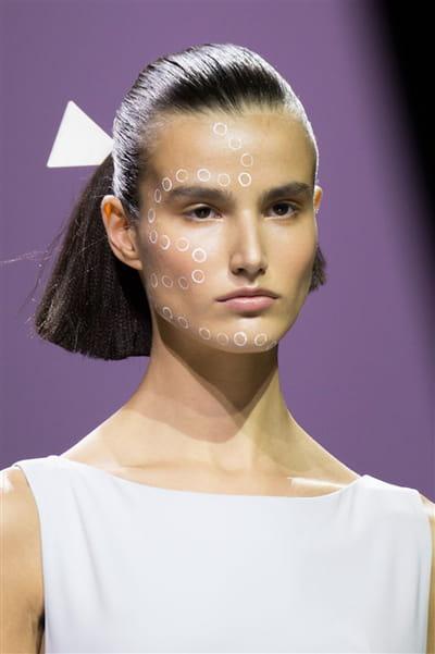 Issey Miyake (Close Up) - Printemps-été 2017