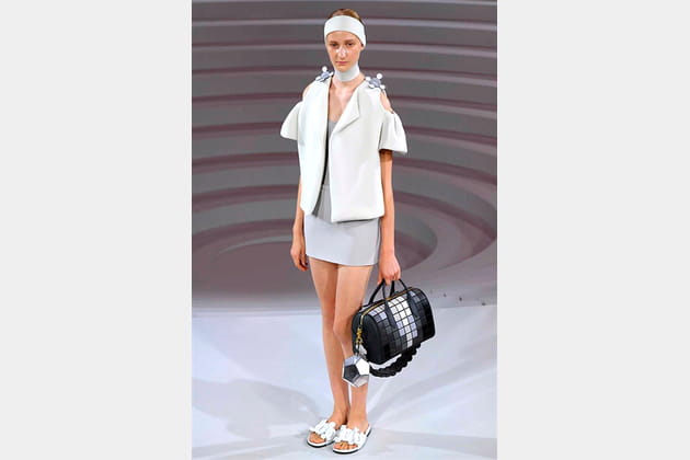 Anya Hindmarch - passage 6