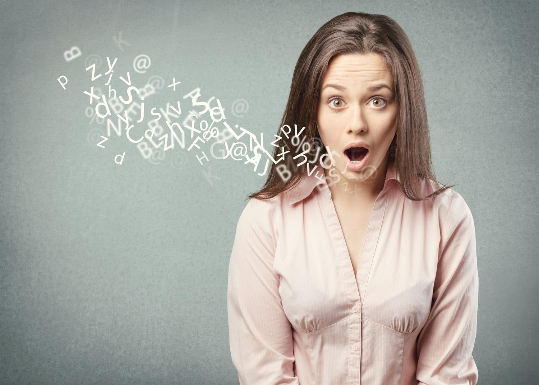 Dysphonie (enrouement): symptômes, traitements, rééducation