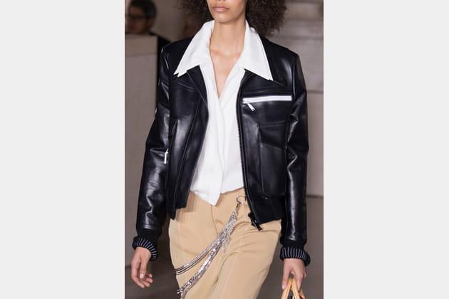 Louis Vuitton (Close Up) - photo 29