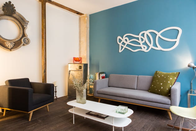 Salon moderne bleu de France