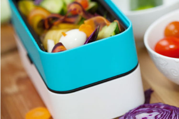 Salade de légumes au sésame blond et au vinaigre de pomme