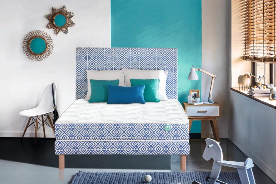 L'objet du désir: le lit à motifs bleus de Mérinos
