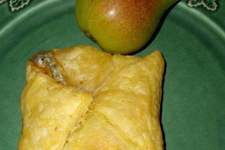 Panier au roquefort, miel et poire