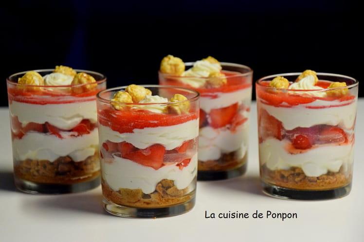Verrine crème de mascarpone, fraises et spéculoos