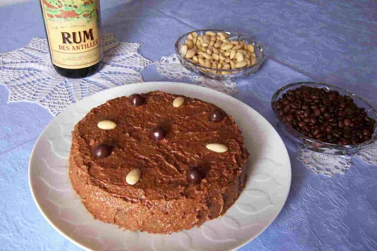 Gâteau au café, amandes et chocolat