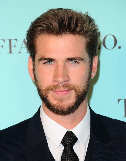 Liam Hemsworth avec une barbe