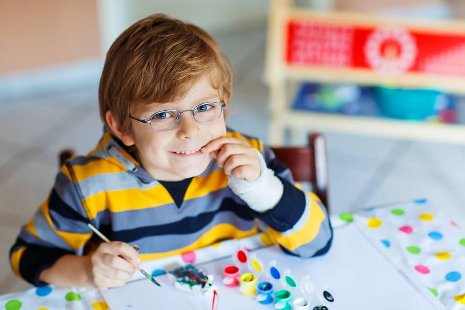 Extrême maladresse ou dyspraxie: comment faire la différence?