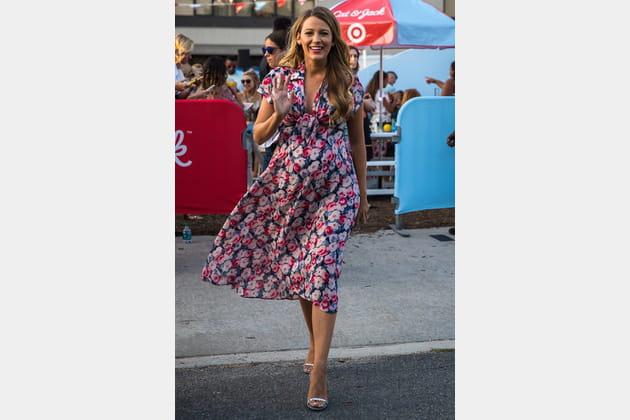 Une robe légère fleurie pour Blake Lively