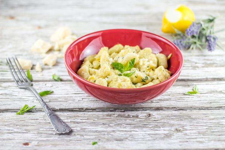 Gnocchi maison ail, basilic et citron
