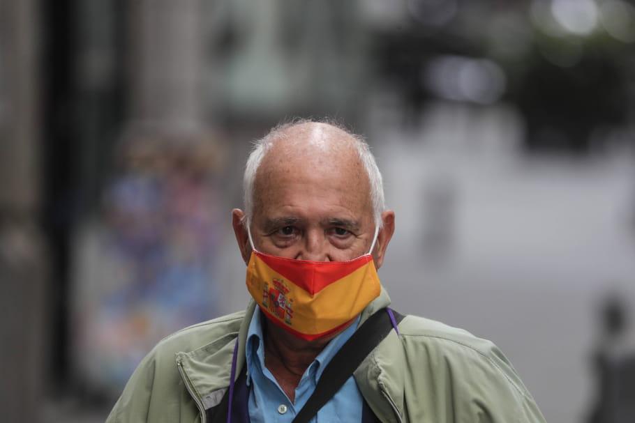 Coronavirus Monde: l'Espagne reconfine, pic au Royaume-Uni, chiffres