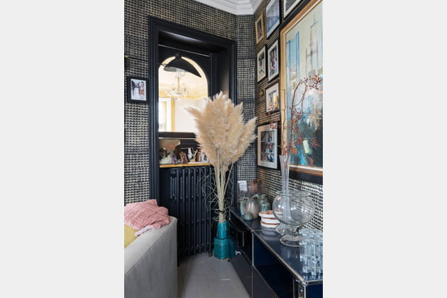 herbes de la pampa dans l 39 entr e. Black Bedroom Furniture Sets. Home Design Ideas