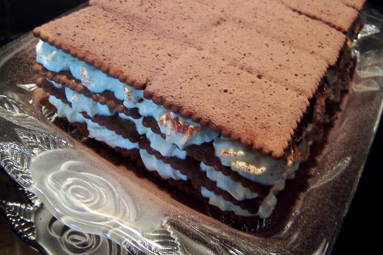 Gâteau de Thé Brun aux meringues