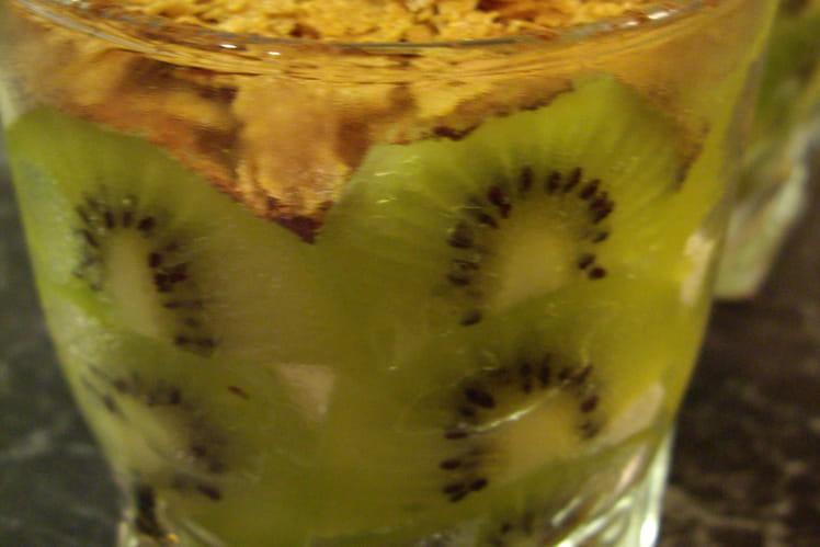 Tiramisu kiwi et crêpes dentelles