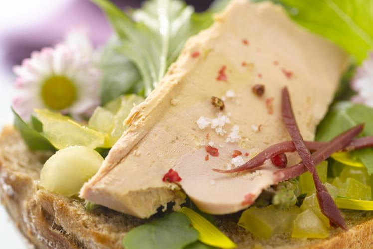 La tartine de foie gras aux paquerettes mignonettes