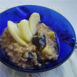 porridge pommes-pruneaux.