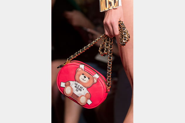 Moschino (Close Up) - photo 34