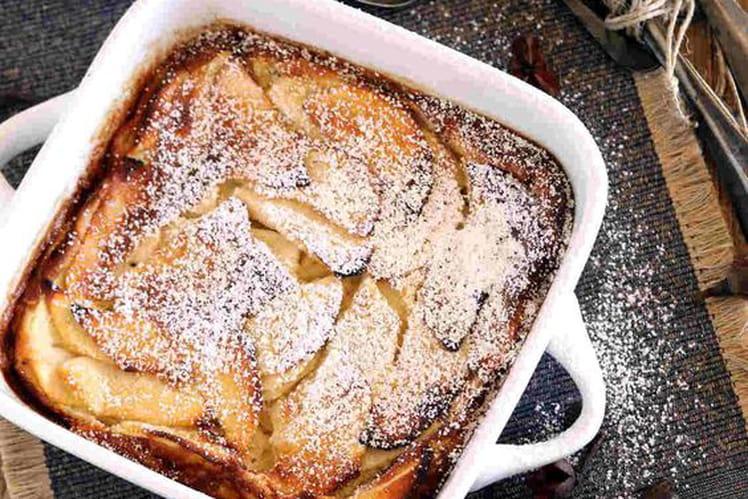 Clafoutis aux pommes parfumé à la vanille et cannelle