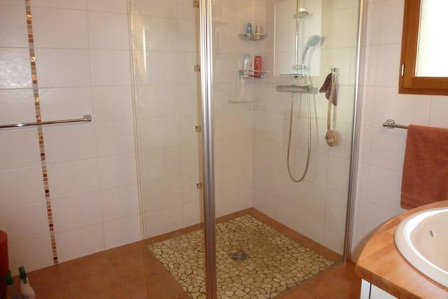 Une douche l 39 italienne carrel e - Douche italienne carrelee ...