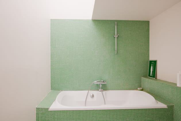 La salle de bains for Comfemme nue dans la salle de bain