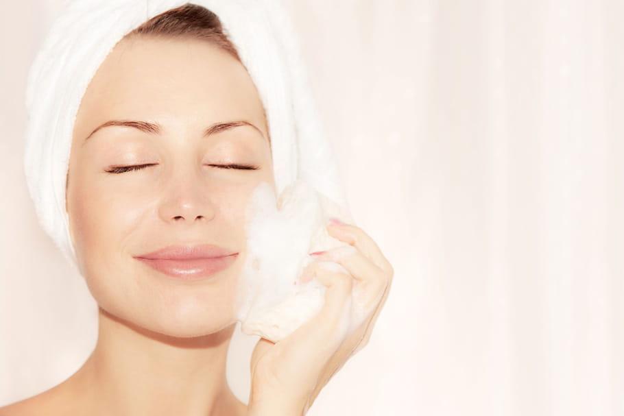 Nettoyage de peau: comment bien laver son visage