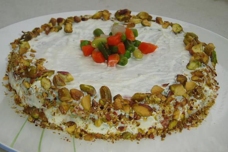 Mousse à la macédoine de légumes, pistaches et fromage