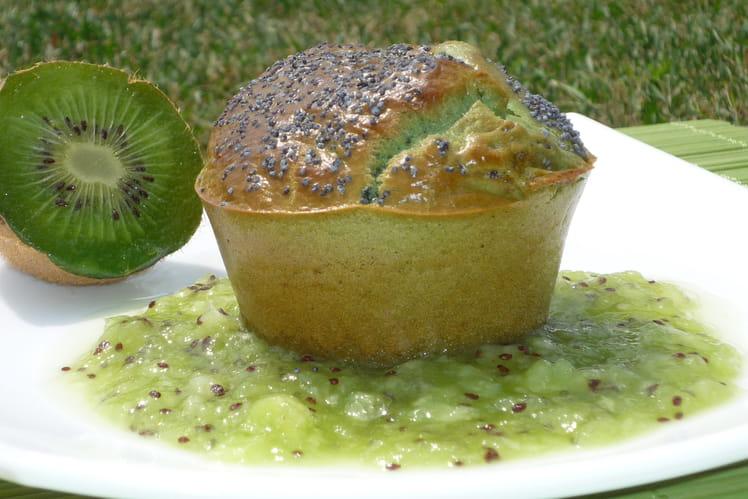 Muffins au thé vert et pavot sur compotée de kiwi à la verveine