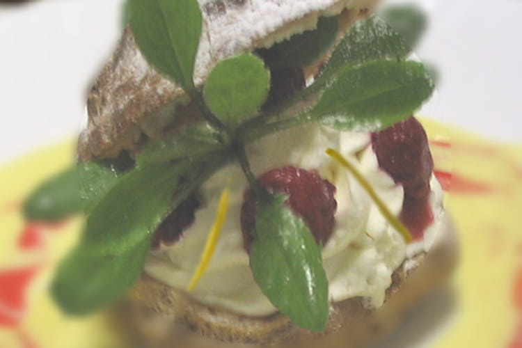 Choux chantilly mangue/framboises