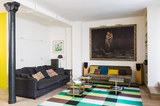 touches de jaune et bleu. Black Bedroom Furniture Sets. Home Design Ideas
