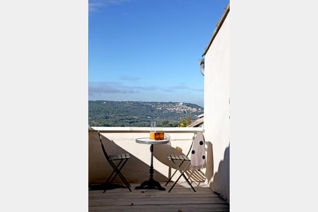 La petite terrasse dans une style bistrot