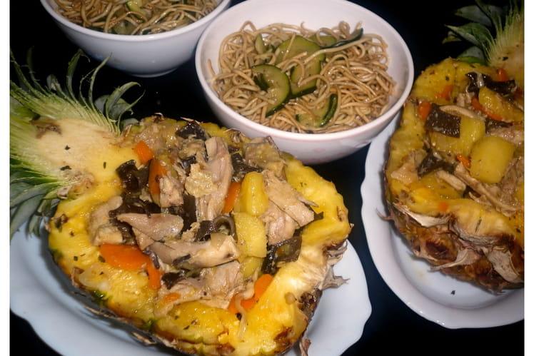 recette de poulet l 39 ananas l gumes et nouilles courgettes la recette facile. Black Bedroom Furniture Sets. Home Design Ideas