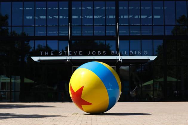 Le Steve Jobs Building