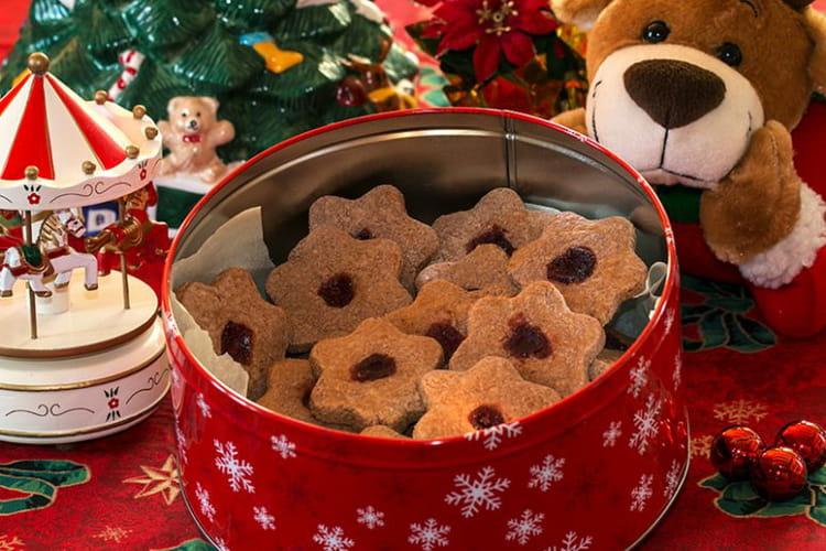 Sablés de Noël aux épices à la confiture, Linzer bredeles