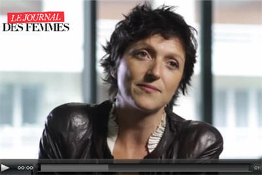 """Cancer du sein: """"La fin des traitements est extrêmement difficile"""""""