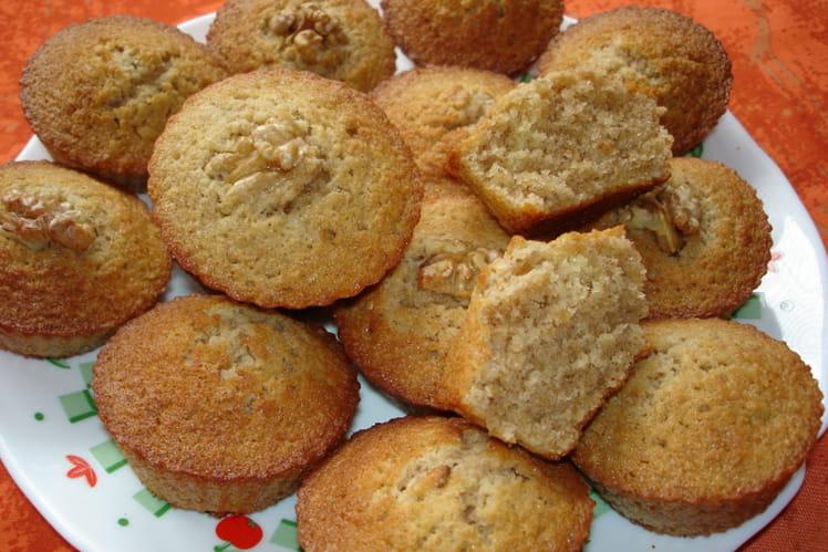 Muffins aux noix et au café