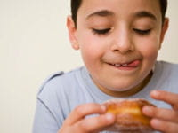 enfant gourmand 200 150 getty images