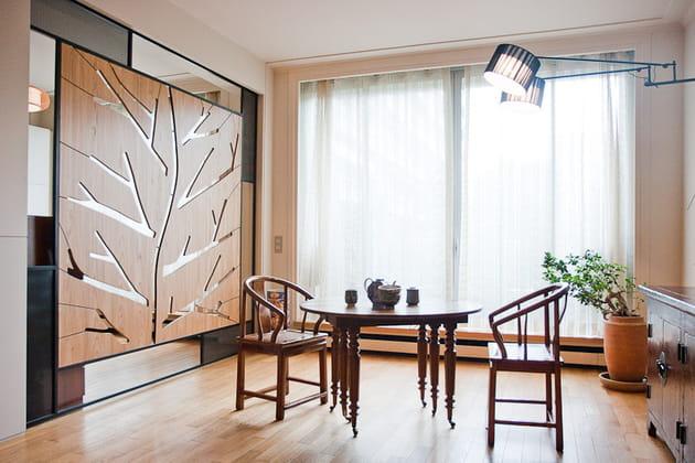 Petit loft zen : coin salle à manger