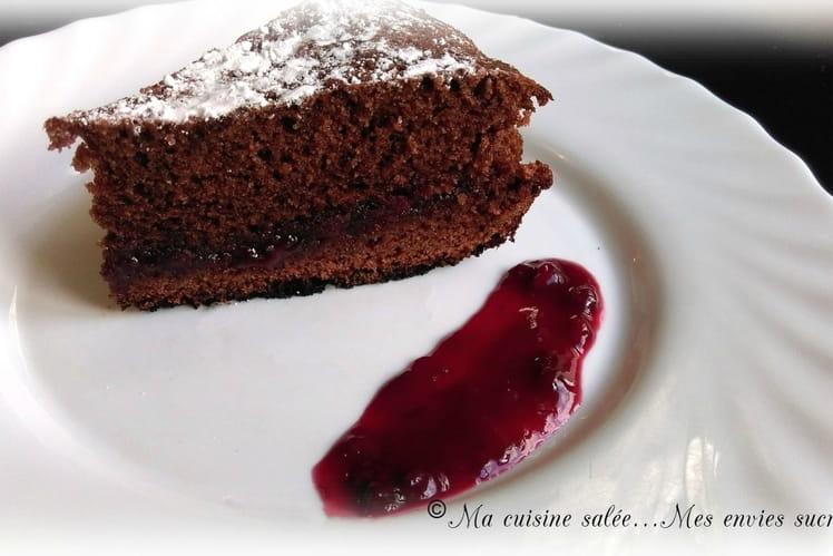 Moelleux au chocolat et à la confiture de cerise