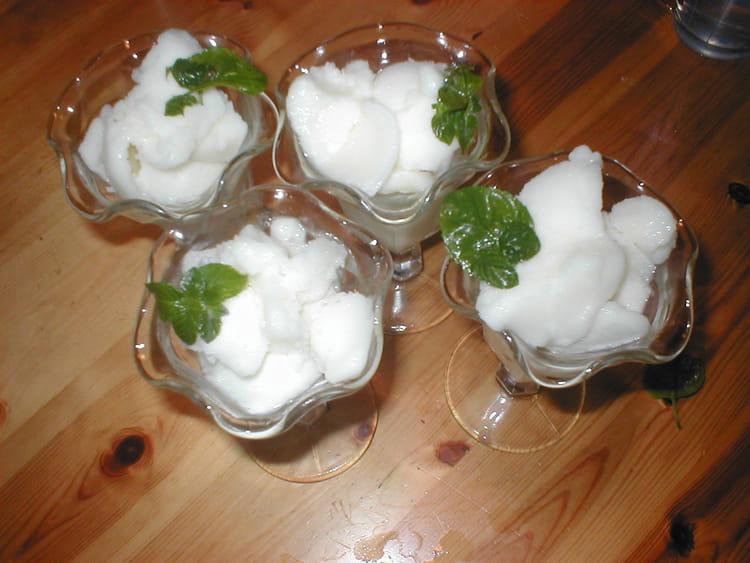 Recette de glace au yaourt et au citron la recette facile - Recette de glace facile ...