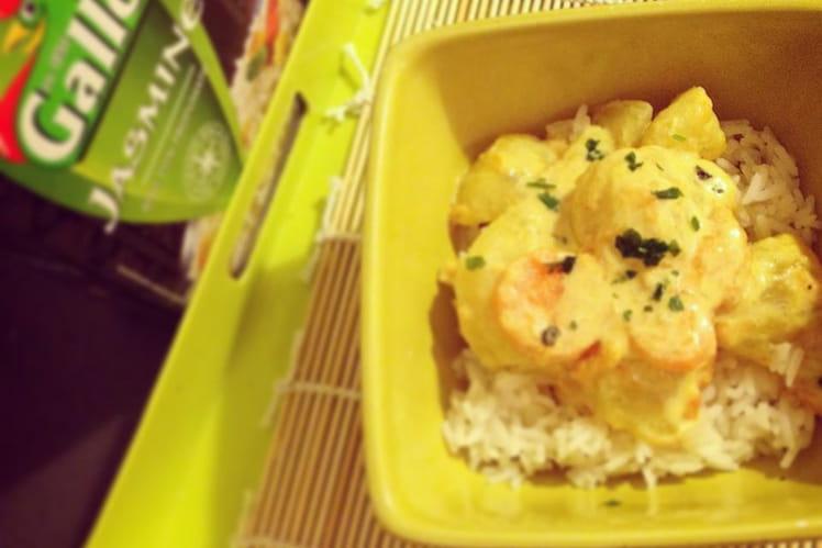 Curry de pommes de terre et riz jasmin