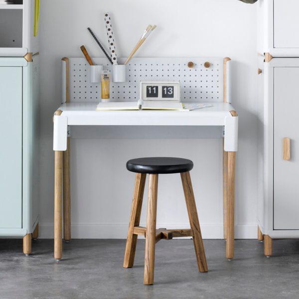 un vent venu de scandinavie. Black Bedroom Furniture Sets. Home Design Ideas
