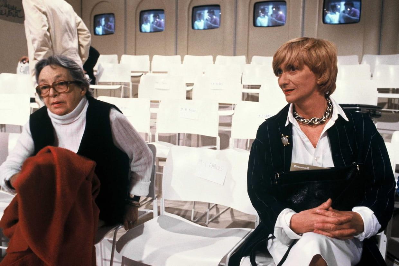 Francoise Sagan Et Marguerite Duras Dans Les Locaux D Antenne 2